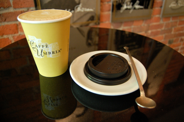 Caffe Umbria Coffee Cup